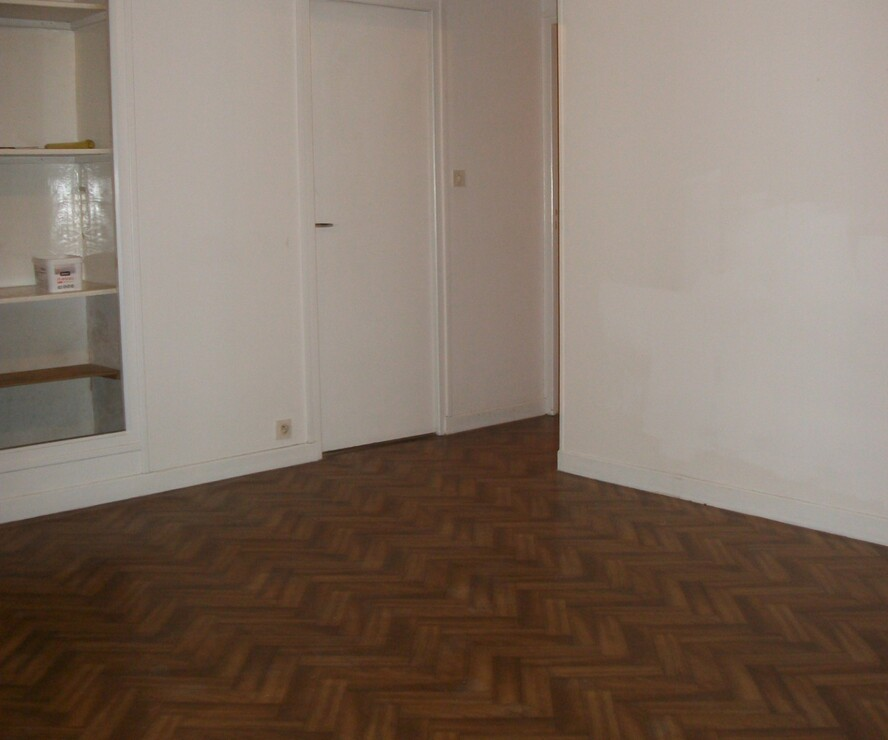 Location Appartement 2 pièces 48m² Chauny (02300) - photo