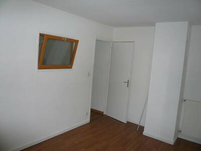 Location Appartement 4 pièces 84m² Billom (63160) - Photo 2