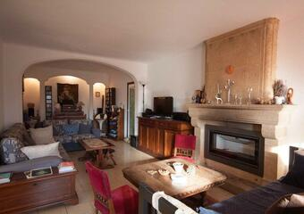 Sale House 8 rooms 295m² Mirabeau (84120) - photo