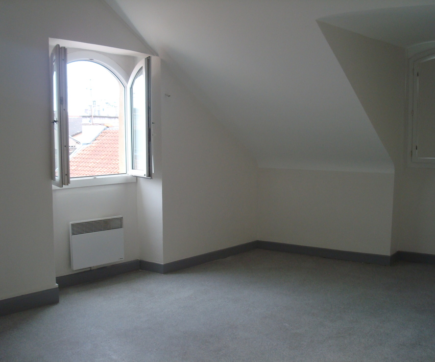 Renting Apartment 2 rooms 55m² Pau (64000) - photo