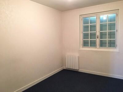 Location Maison 6 pièces 146m² Sury-le-Comtal (42450) - Photo 7