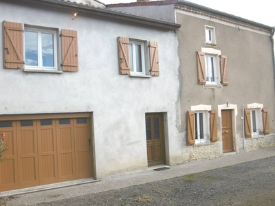 Location Maison Montmorin (63160) - Photo 1