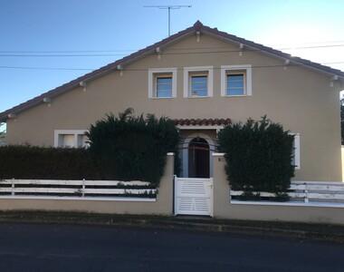 Vente Maison 10 pièces 172m² Montfaucon-en-Velay (43290) - photo