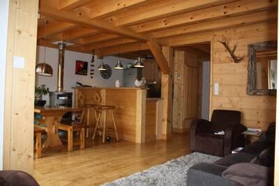 Sale Apartment 5 rooms 78m² SAMOENS - Photo 2