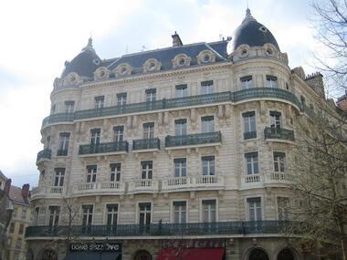 Location Appartement 1 pièce 27m² Grenoble (38000) - photo