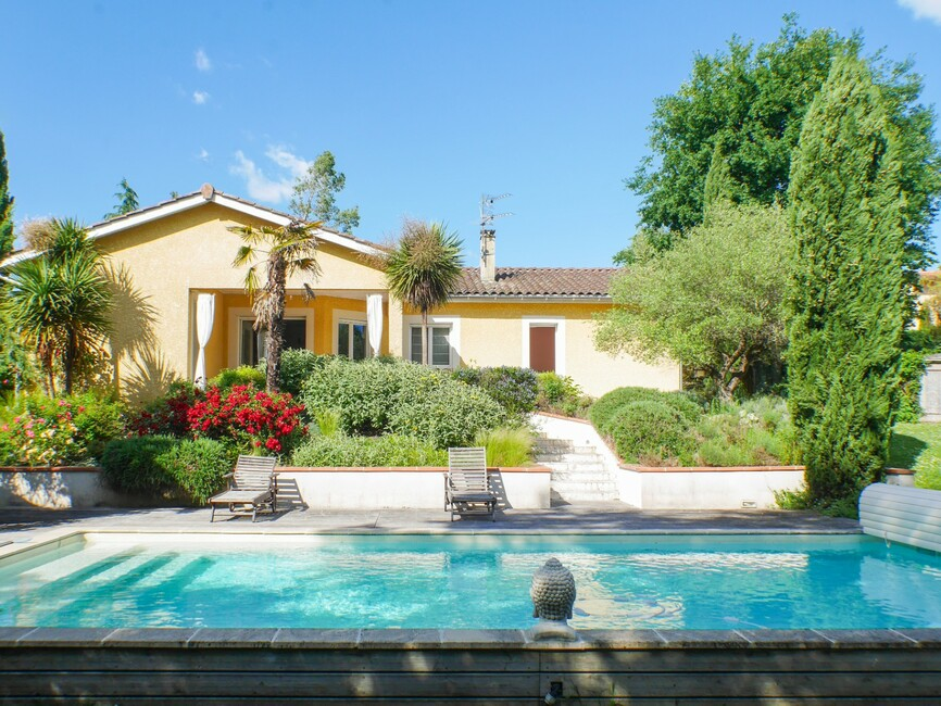 Sale House 4 rooms 130m² Montberon (31140) - photo