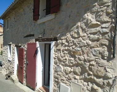 Sale House 4 rooms 60m² Vitrolles-en-Lubéron (84240) - photo