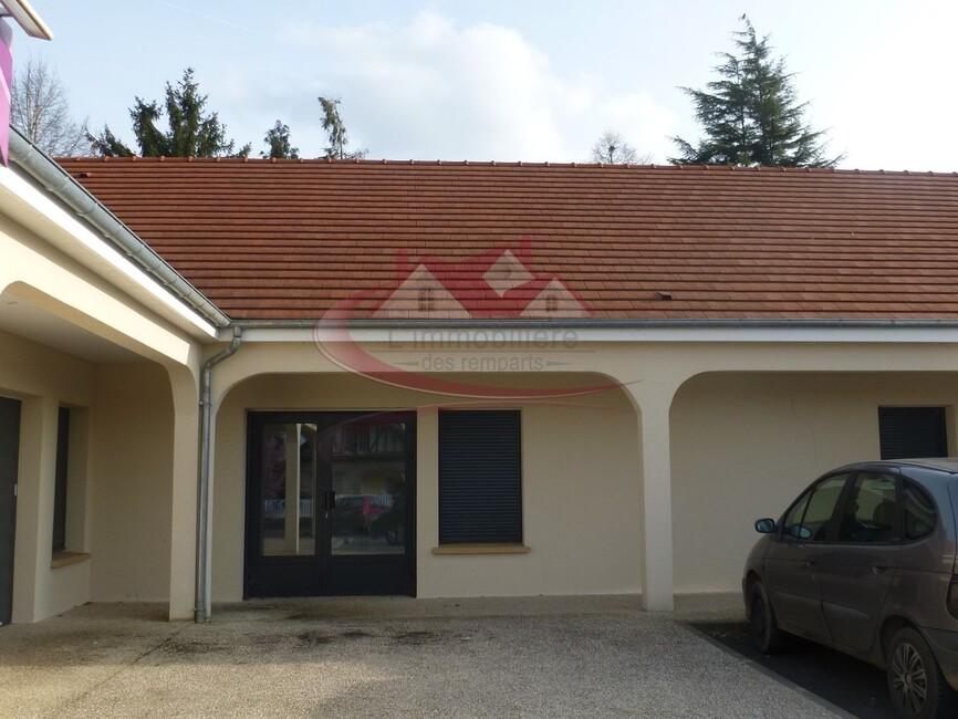Sale Commercial premises Houdan (78550) - photo