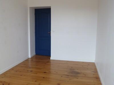 Location Appartement 4 pièces 89m² Pau (64000) - Photo 4