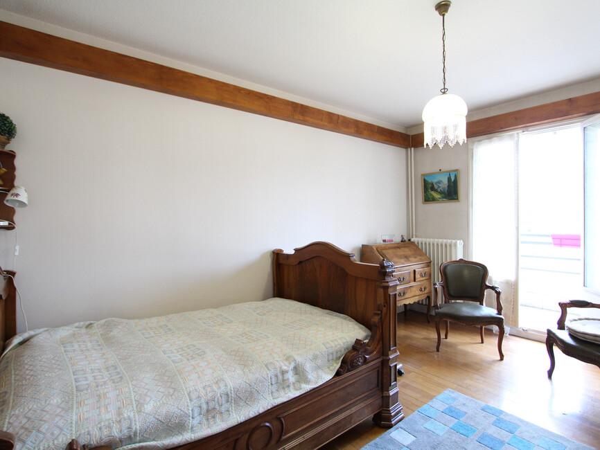 vente appartement 4 pi ces grenoble 38100 423712. Black Bedroom Furniture Sets. Home Design Ideas