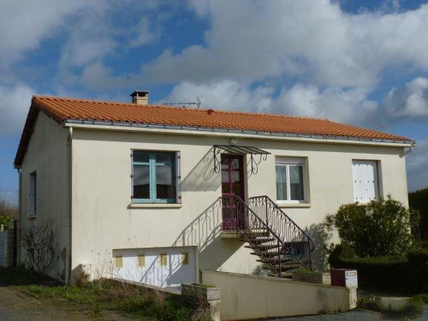 Vente Maison 120m² Cours-la-Ville (69470) - photo