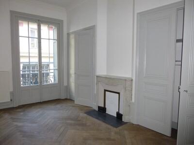 Location Appartement 3 pièces 97m² Saint-Étienne (42000) - Photo 13