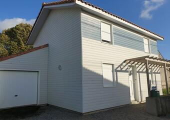 Sale House 5 rooms 85m² Vue (44640) - photo
