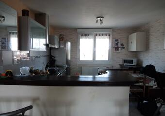 Sale Apartment 4 rooms 70m² LURE - photo