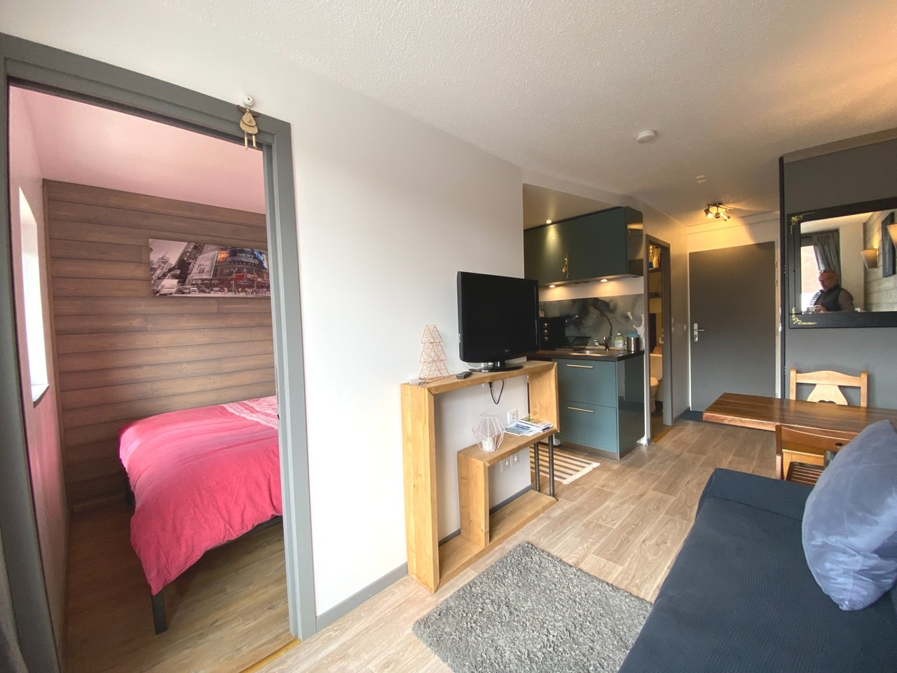 T2 IN THE CENTRE OF THE RESORT WITH BALCONY Accommodation in Val Thorens