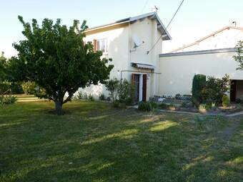 Location Maison 4 pièces 101m² Craponne (69290) - photo