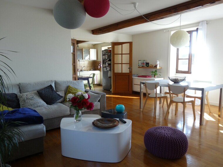 Location Appartement 90m² La Clayette (71800) - photo