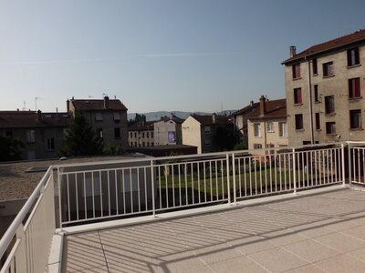 Location Appartement 4 pièces 111m² Saint-Priest-en-Jarez (42270) - Photo 12