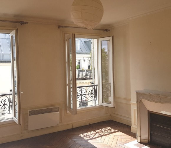 Sale Apartment 3 rooms 49m² Paris 10 (75010) - photo