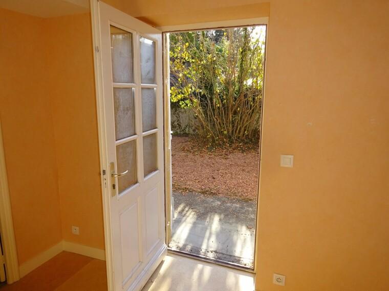 Location Appartement 4 pièces 74m² Saint-Denis-de-Cabanne (42750) - photo