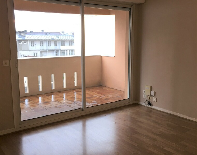 Sale Apartment 2 rooms 49m² Pau (64000) - photo