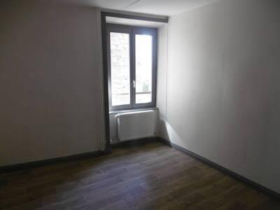 Location Maison 7 pièces 135m² Saint-Jean-des-Ollières (63520) - Photo 11