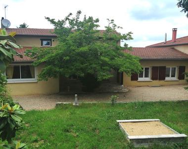 Vente Maison 11 pièces 280m² Virigneux (42140) - photo
