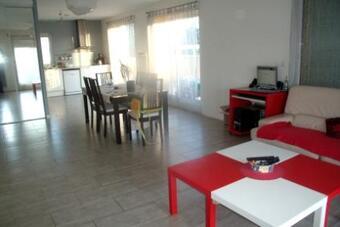Location Appartement 3 pièces 80m² Bompas (66430) - Photo 1