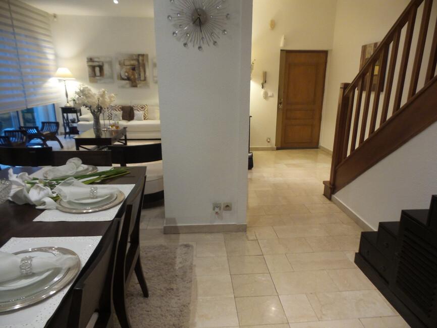vente appartement 6 pi ces mulhouse 68100 413097. Black Bedroom Furniture Sets. Home Design Ideas