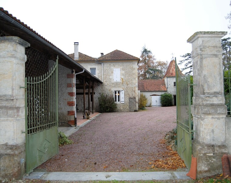 Sale House 5 rooms 236m² SECTEUR VIC FEZENSAC - photo