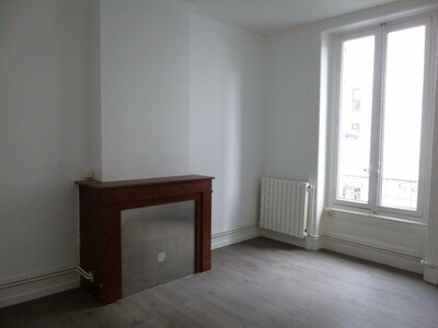 Location Appartement 3 pièces 47m² Saint-Étienne (42100) - Photo 2