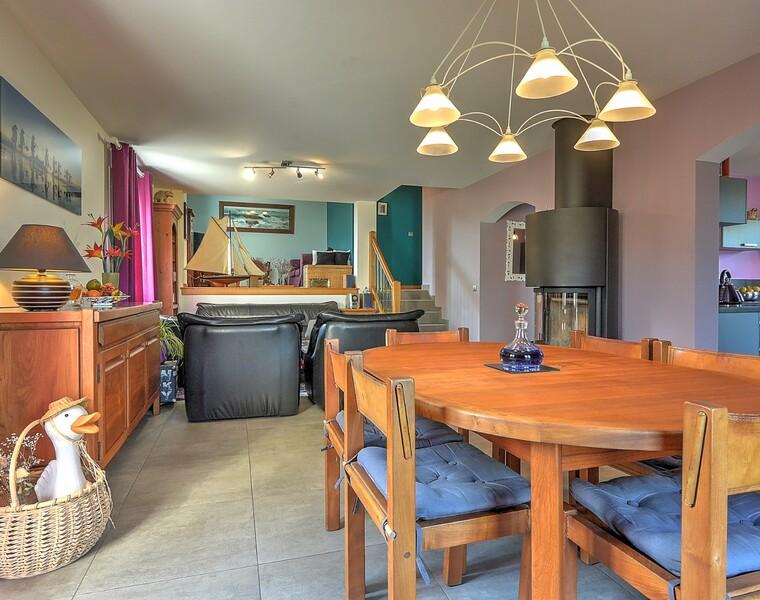 Sale House 6 rooms 224m² La Roche-sur-Foron (74800) - photo