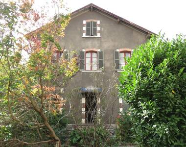 Sale House 10 rooms 230m² Grenoble (38000) - photo
