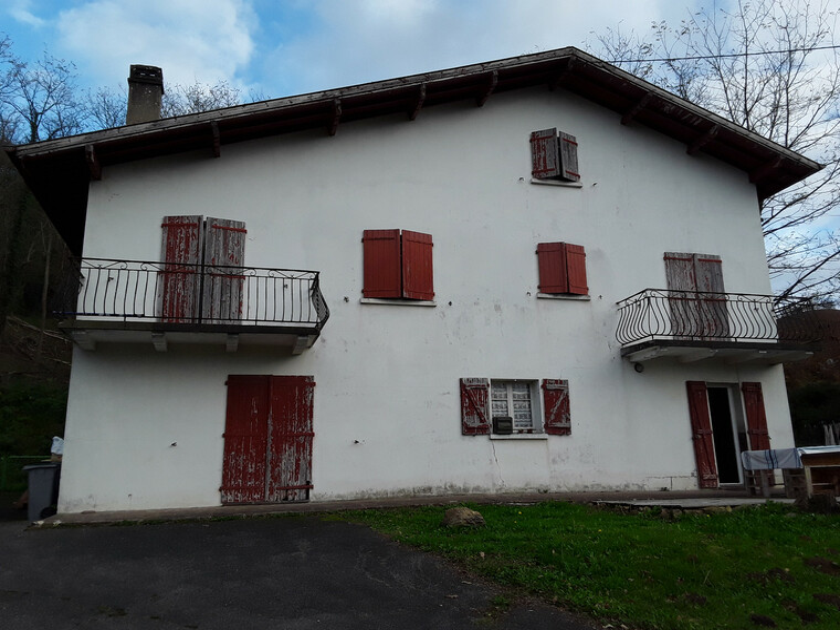 Vente Maison 8 pièces 150m² Cambo-les-Bains (64250) - photo