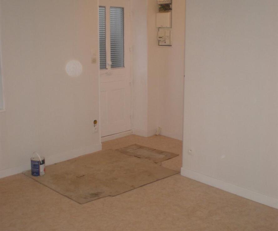 Location Appartement 2 pièces 35m² Amplepuis (69550) - photo
