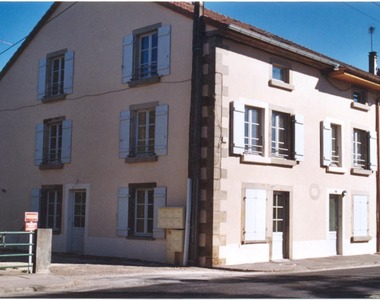 Renting Apartment 4 rooms 118m² Saint-Loup-sur-Semouse (70800) - photo