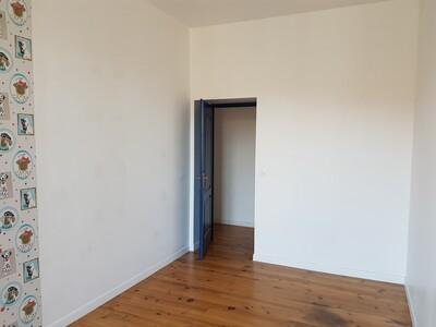 Location Appartement 4 pièces 89m² Pau (64000) - Photo 6