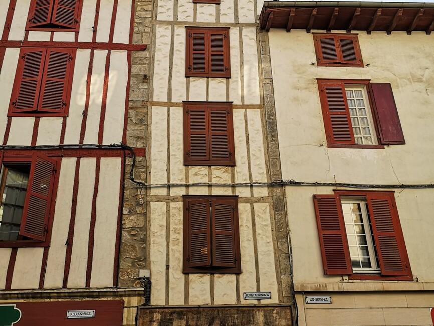 Vente Maison 7 pièces 240m² Hasparren - photo