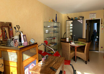 Sale Apartment 3 rooms 61m² Luxeuil-les-Bains (70300) - Photo 1