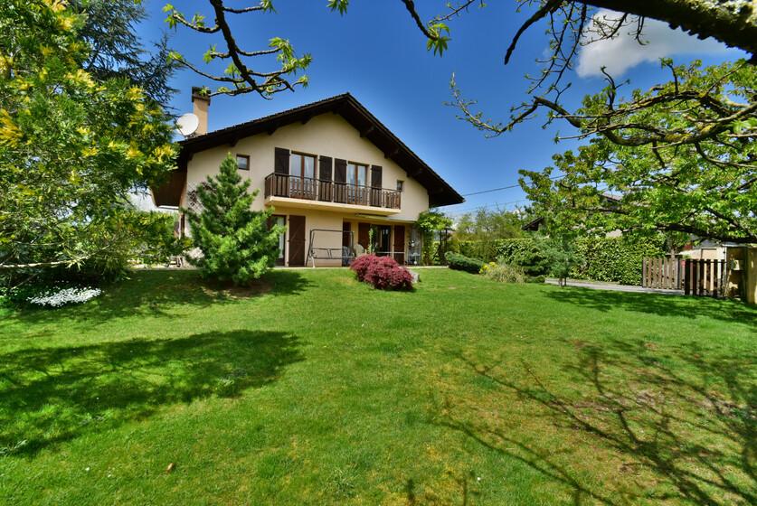 Vente Maison 8 pièces 178m² Bons-en-Chablais (74890) - photo