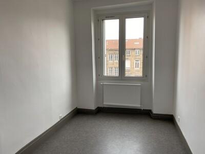 Location Appartement 3 pièces 89m² Saint-Étienne (42000) - Photo 10