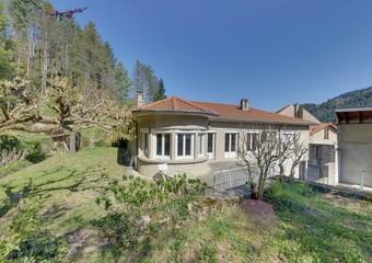 Vente Maison 11 pièces 271m² Saint-Martin-de-Valamas (07310) - Photo 1