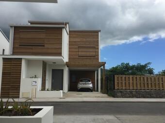 Location Maison 4 pièces 83m² Saint-Paul (97460) - photo
