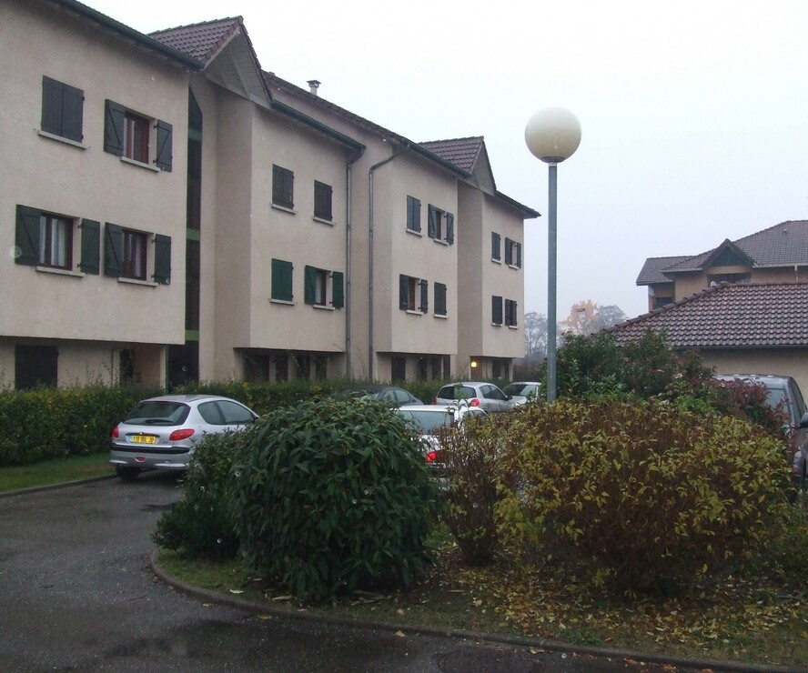 Location Garage 10m² Le Versoud (38420) - photo