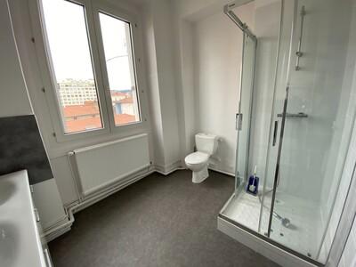 Location Appartement 3 pièces 89m² Saint-Étienne (42000) - Photo 15
