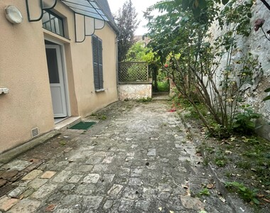 Location Appartement 1 pièce 27m² Nemours (77140) - photo