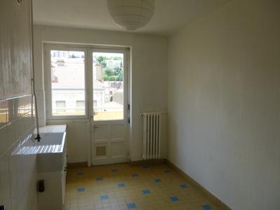 Location Appartement 2 pièces 37m² Saint-Étienne (42100) - Photo 3
