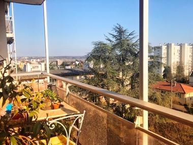 Vente Appartement 4 pièces 69m² Villefranche-sur-Saône (69400) - photo