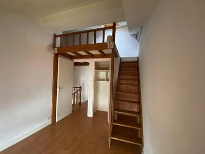 Location Appartement 4 pièces 80m² Saint-Étienne (42000) - Photo 5
