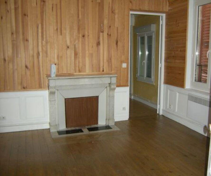 location appartement 2 pi ces ivry la bataille 27540 387053. Black Bedroom Furniture Sets. Home Design Ideas